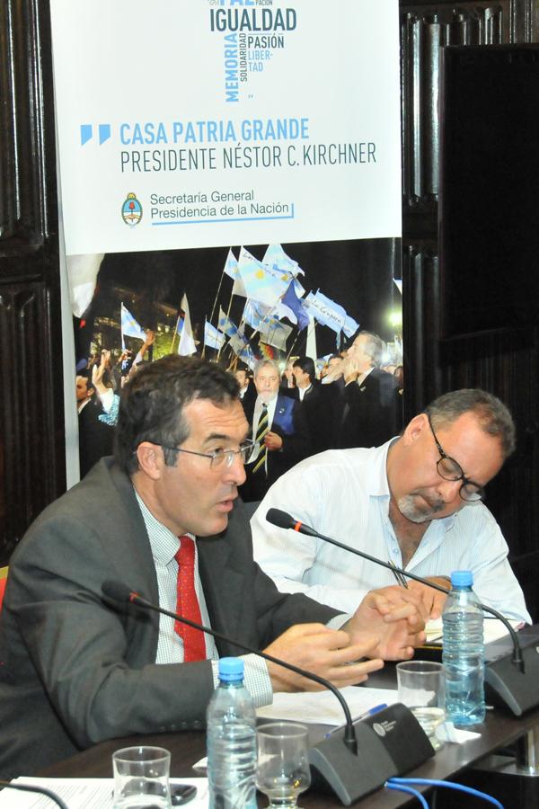 Conferencia-de-Marcelo-Gullo-en-la-Casa-Patria-Grande-en-el-Seminario-'Construyendo-nuestra-integracion