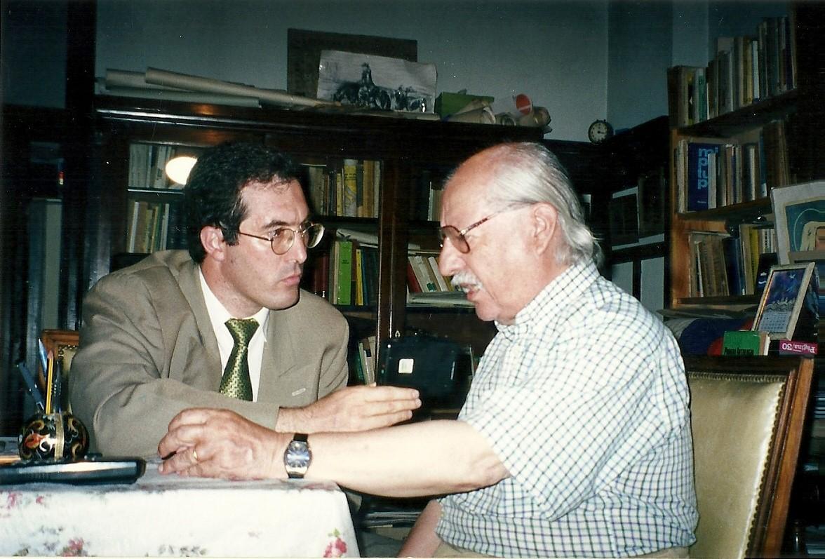 Marcelo Gullo entrevistando al historiador Fermin Chavez