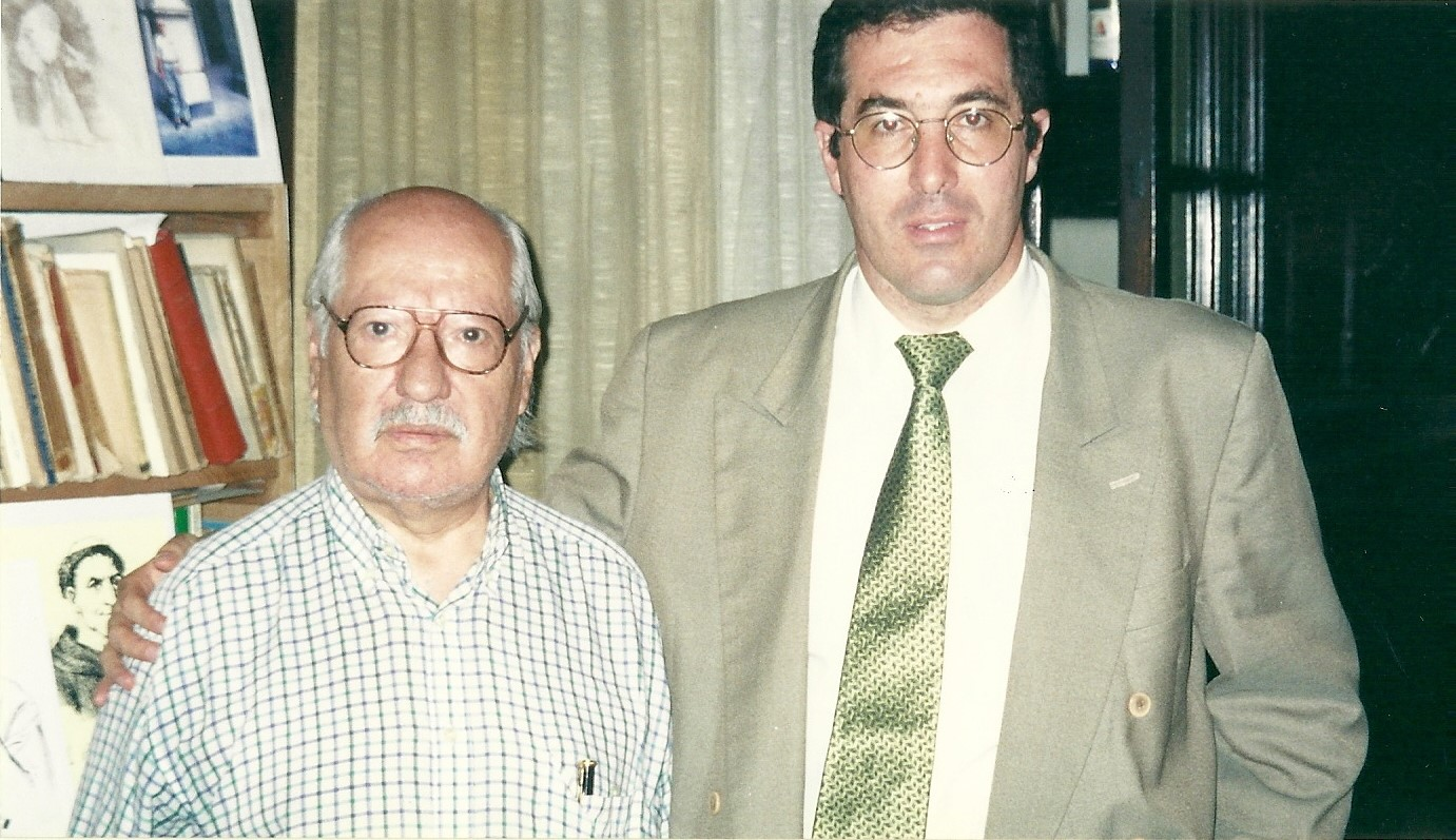 Marcelo Gullo junto al historiador Fermin Chavez